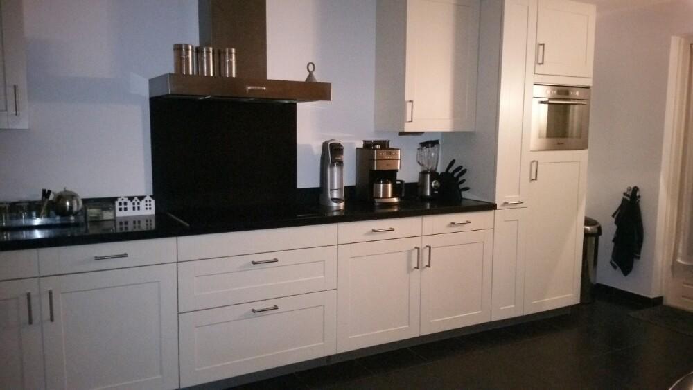 Moderne L Keuken : Grote moderne creme l keuken incl apparatuur graniet blad