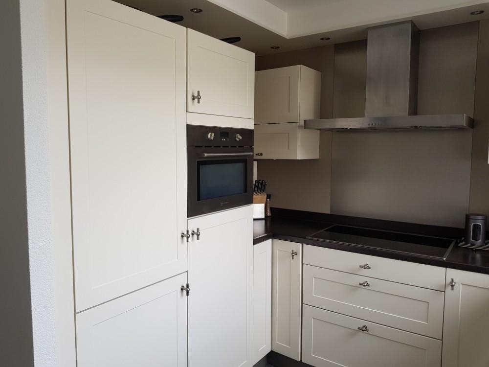 L Vorm Keuken : Brocante witte u of l vorm keuken incl apparatuur tweedehands