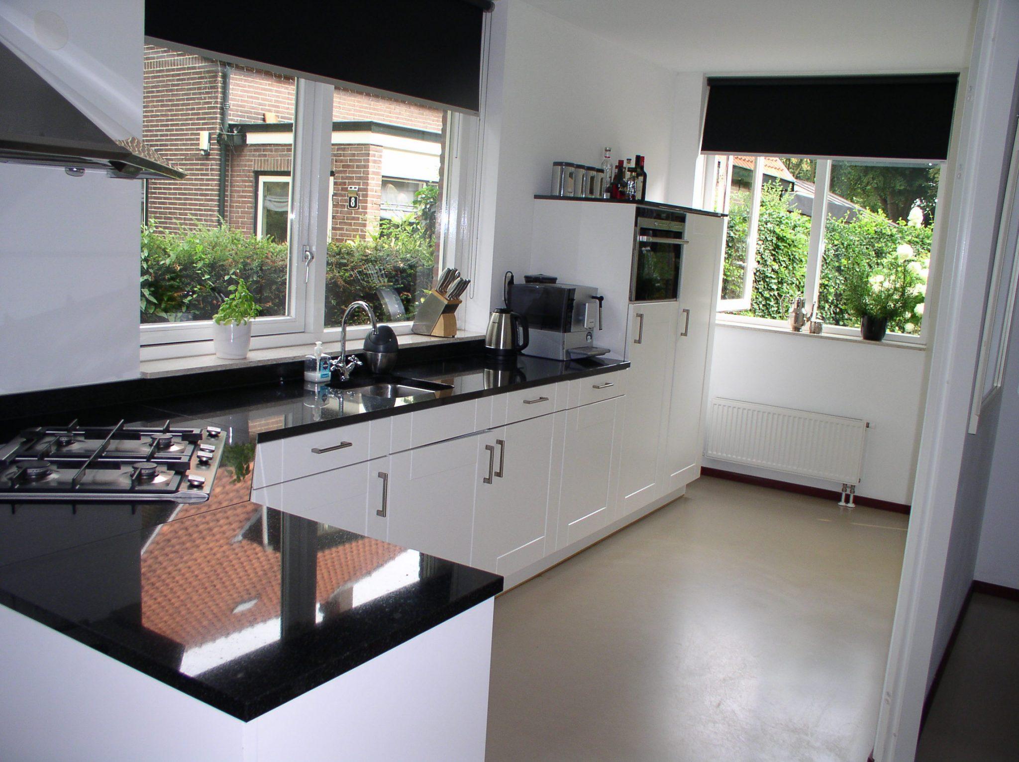 Moderne L Keuken : Moderne witte l keuken graniet apparatuur tweedehands keuken