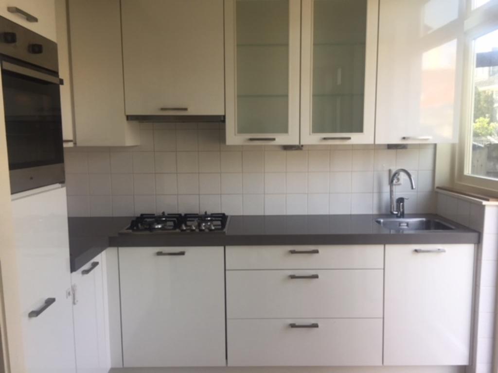 Moderne L Keuken : Moderne witte hoogglans l keuken composiet blad apparatuur