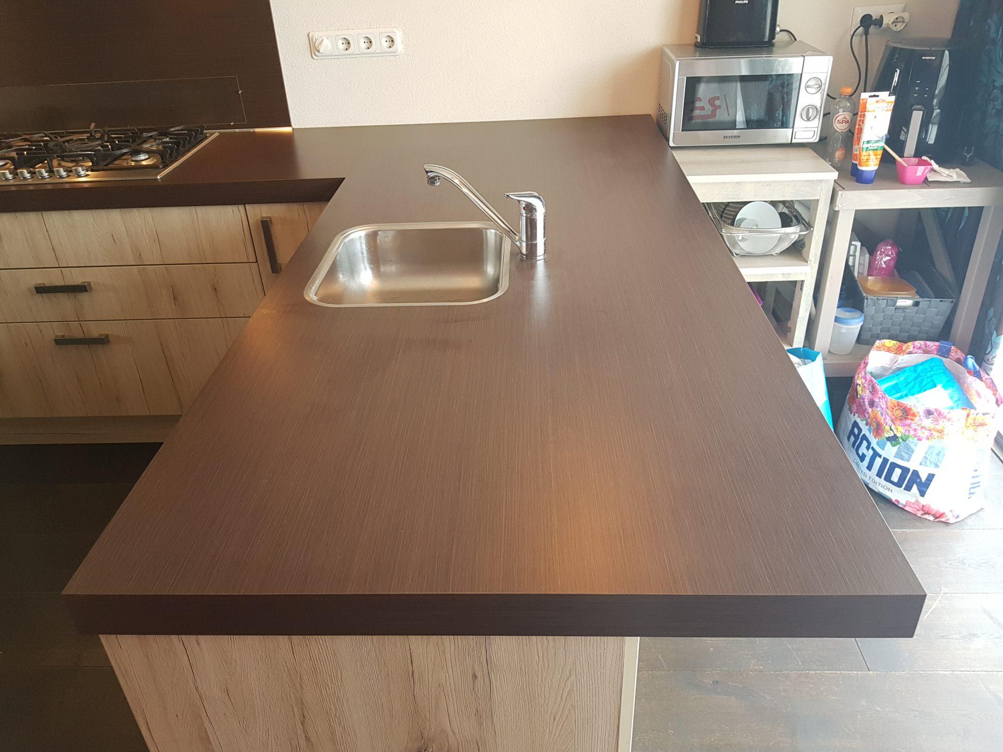 Keuken Moderne Bar : Moderne strakke l keuken incl alle apparatuur bar tweedehands