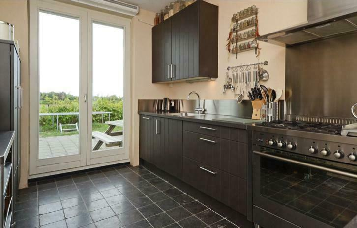 Grijze Moderne Keuken : Moderne grijze l keuken losse wand bar pparatuur tweedehands