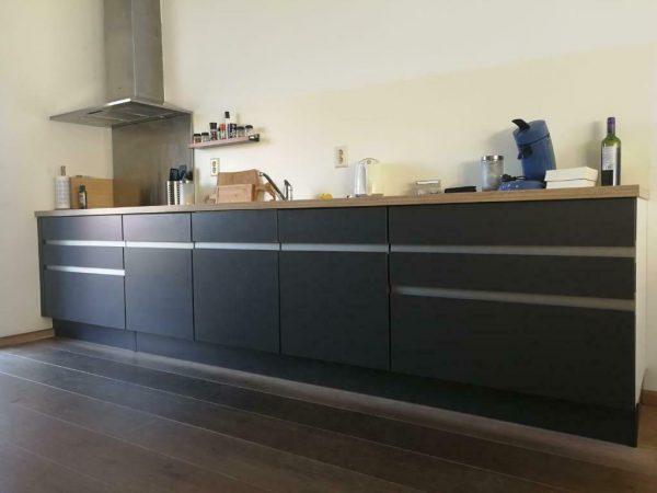 Tweedehands Rechte Keuken : Moderne grijze rechte keuken losse wand apparatuur tweedehands