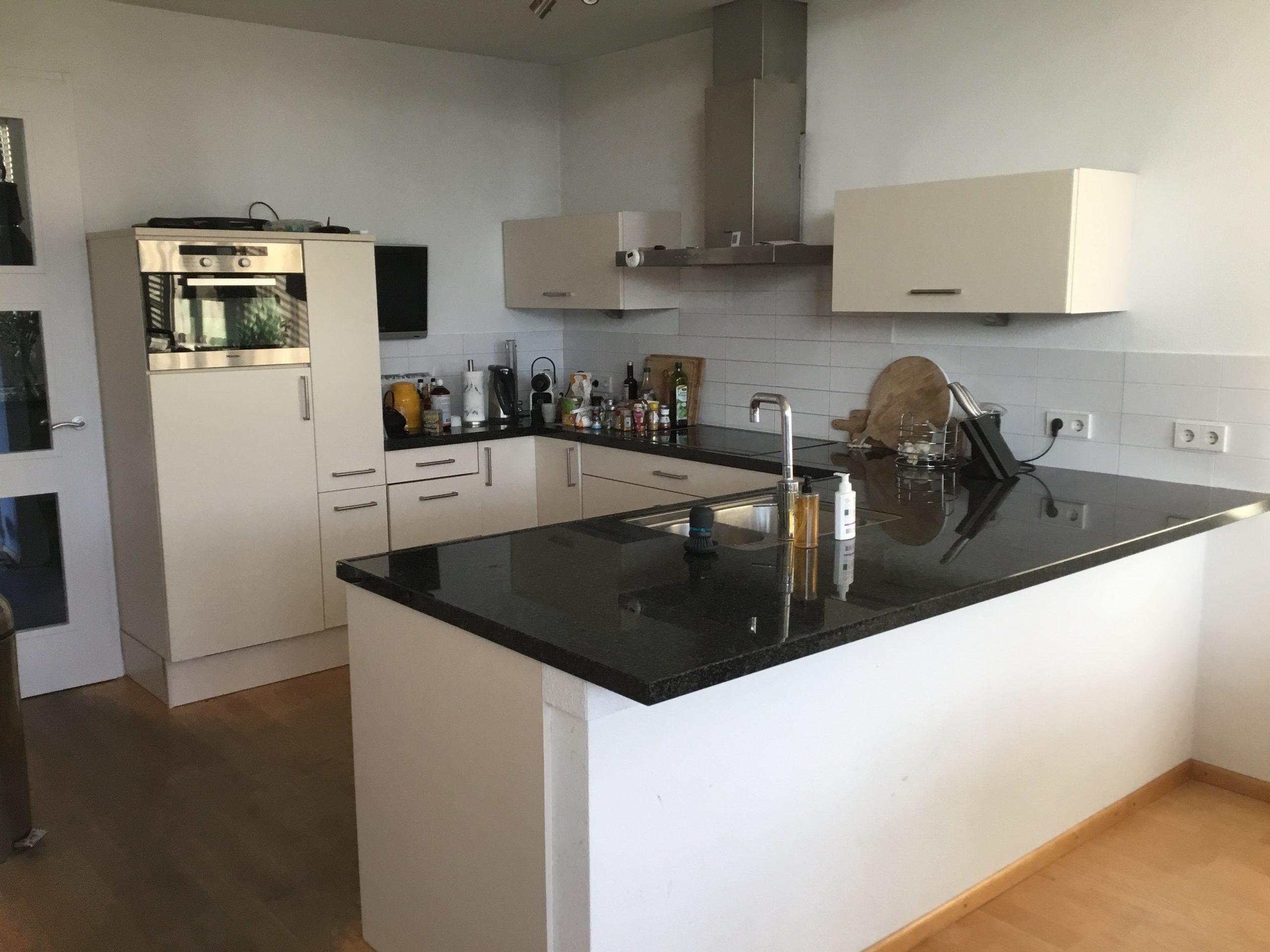 Moderne U Vorm Keuken Incl Alle Apparatuur Granieten Blad Tweedehands Keuken Kwaliteit